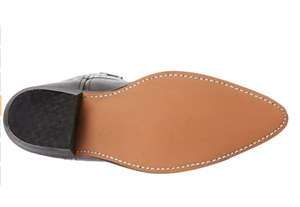Laredo Flagstaff in grey and black sole