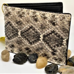 Genuine Rattlesnake Wallet bi-fold wallet.